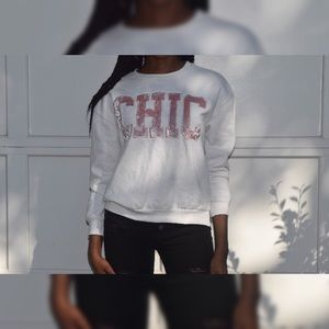 Sweaters - 💕 For the love of the crewneck 💕